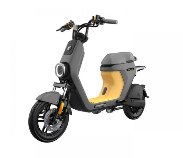 Cruise Toronto's streets on the Segway eMoped C80 and enjoy a new array of safety & security features. Call the local experts, Segway of Ontario.